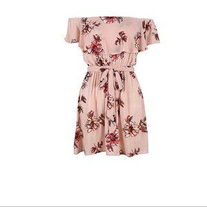 5abe59449c8 Yobecho Dresses - NWOT Off Shoulder Strapless Floral Print Dress